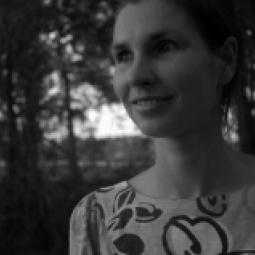 Laura Tolpeznikova
