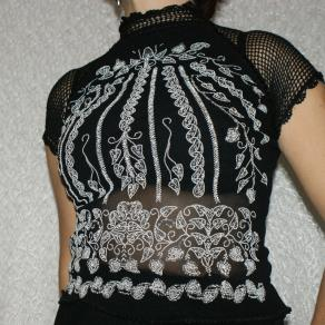 Embroidered tulle-blouse