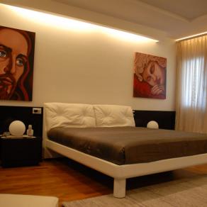 Cristo in Interior Design