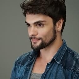 Vinícius Cardoso